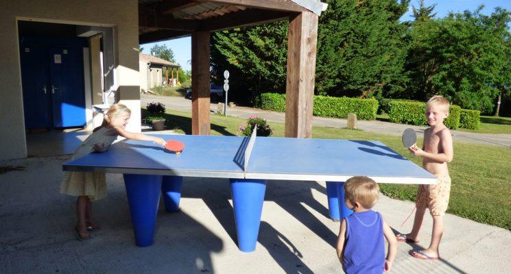 7-camping-saissac-ping-pong