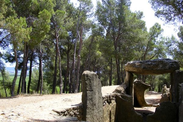 dolmen des fades pepieux1